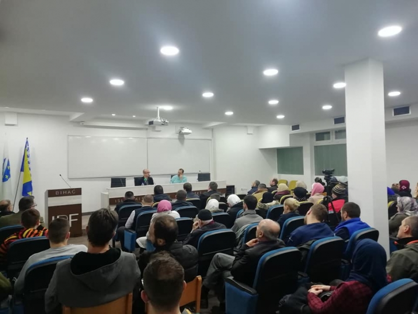 Prof. Saudin Cokoja održao impresivno predavanje u sklopu serijala tribina u Bihaću