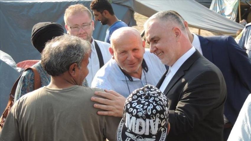 Reisu-l-ulema Kavazović u posjeti migrantima u Velikoj Kladuši